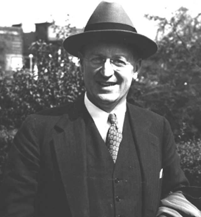 photo of Robert Lynd